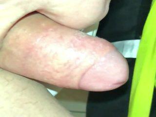 Jacking mans resnas mitra uncut dzimumloceklis līdz pēda pavēlniece pēdas ar