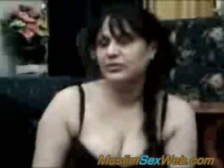 μελαχροινή, στοματικό σεξ, deepthroat