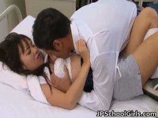 hardcore sex, lielas krūtis, jauniešiem maz aziātiem