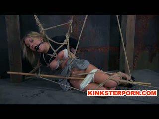 Lesbisch bdsm pervert slaaf dia zerva whipped in bondage