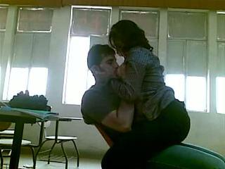 Iraqi seksi at korkeakoulu mustafa & yasmin - osa 1