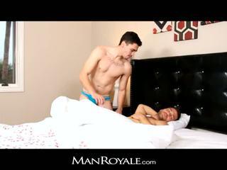 Manroyale saçly gyzlaň söýgülisi wakes up to great blow j
