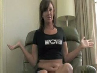 Brunette squirting 1
