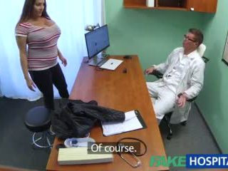 Fakehospital pupa wants doctorã¢â€â™s sborra tutto oltre suo grande enorme tette video