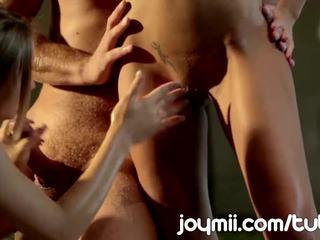 Joymii Threesome Happens When Gina Devine Interrupts Alyssa Branch Sex