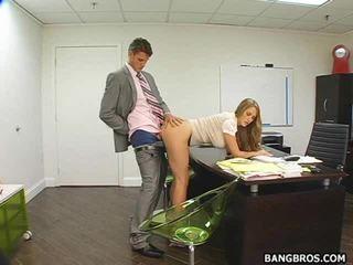 热 秘书 bent 以上