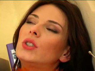 Anita ملكة تشيكي امرأة سمراء كس مارس الجنس