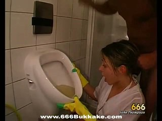 pee, piss, urinating