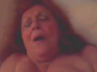 Reāls karstās vecmāmiņa gets jauns dzimumloceklis, bezmaksas porno 65