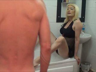 pissing, crossdresser, pašdarināts