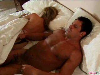 Romantic कार्रवाई में बिस्तर