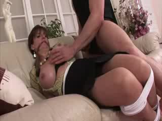 Senhora sonia amarradas e em meias longas