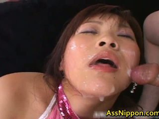 Haruka andou aziatisch tiener slet gives