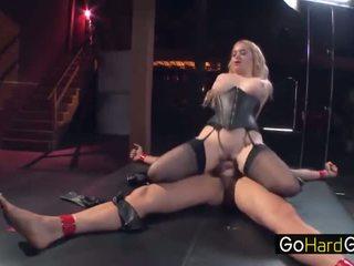 mutisks, lielas krūtis, pornstar