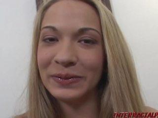 Jamie elle scratches haar itch voor een bbc, porno bf