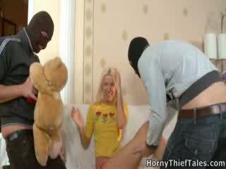 Masked boys fasz szexi irene -ban neki szoba.