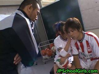 아름다운 벌거 벗은 아시아 schoolgirls