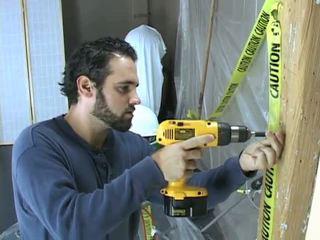 Construction työntekijä takes a tauko kohteeseen beat pois
