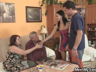 Seine gf seduced von pervertiert parents