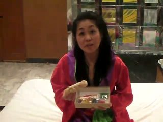 Japans masturbation met higozuiki bijin dildo