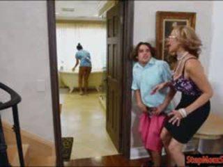 Fierbinte servitoare abby lee brazil in 3 cu uriaș vagaboante mama vitrega