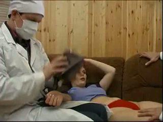 Doctors forcing a bolnik