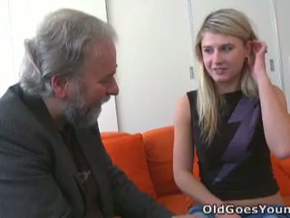 Overspel vika fucks ouder guy