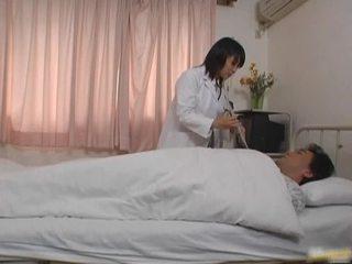 Orientalne doktor pacjent porno vid