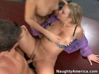 hardcore sex, deepthroat, karstās groupsex pārbaude