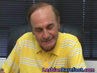 Lesbisch poesje en lul licking
