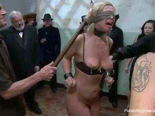 Gutaran künti acquires a zoňtar group flogging for her twat