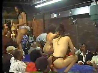 Danseurs mahalay 2part1-dancehall-skinout.