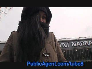 Publicagent homeless meitene gets fucked līdz maksāt par viesnīca