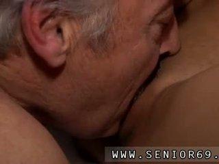Seks remaja fetish /ketagihan erotik seks / persetubuhan bruce yang kemas lama