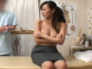 Spycam moda model climax masaža