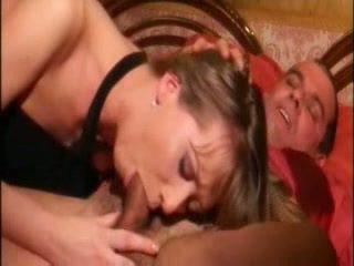 Itališkas seksualu namų šeimininkė dulkinimasis labai hardly į šikna su stranger