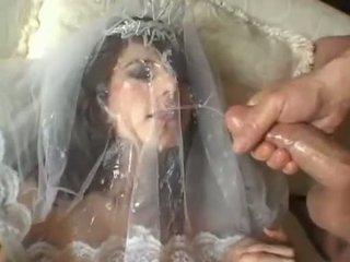 Seksi pengantin perempuan jackie ashe takes sebuah terbesar dan kacau ejakulasi di wajah cumsplash