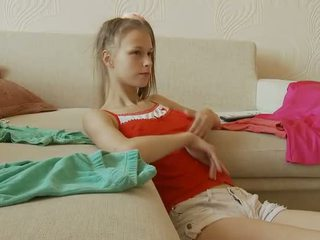цици, innocent amateur teen, свирки