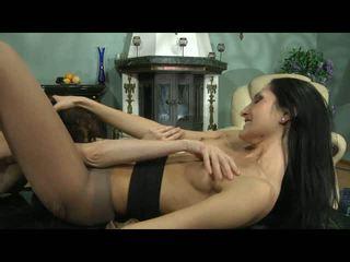 Cora agatha lezzy hose atto