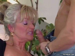 Pechugona madura loves joven polla, gratis abuelita porno vídeo 94
