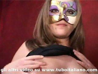 Italiana amadora jovem grávida gangbang maialina em calore