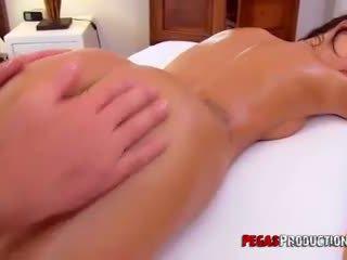 Amy lee krijgen an anaal massage