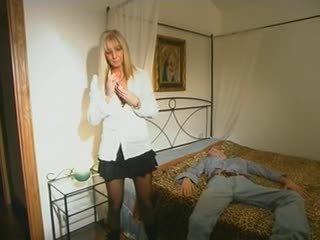 blondynki, mamusie i chłopcy, hardcore
