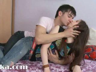 Este 18yo gaja having ejaculações em dela cona