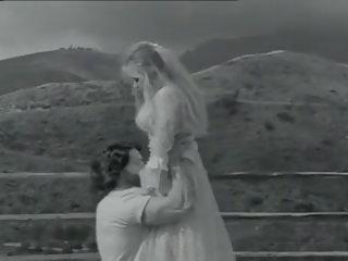 Boiling pikë 1995: falas falas 1995 porno video 8d