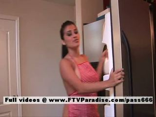 Alexa loren adored naked buhok na kulay kape sa ang kusina
