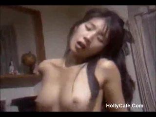 Japoniškas mama dulkinimasis jos vyras
