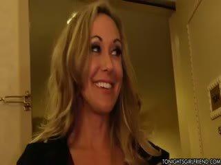 stora bröst ta, idealisk nylon kul, blond fullständig