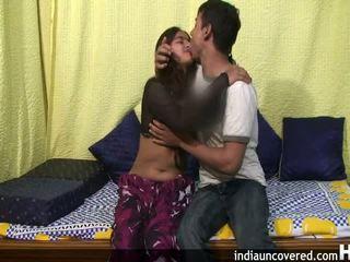 Amateur indien ado en son première sexe scène