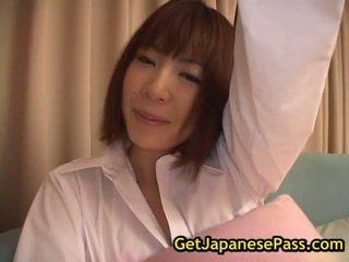 Rin gekruid chinees pop in ondergoed fondles